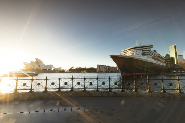 Queen Mary 2 cruise ship in Sydney Harbour