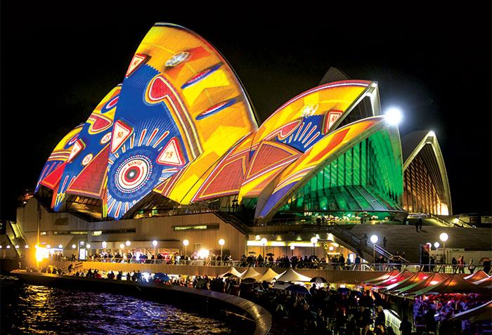Vivid Sydney, Opera House and Opera bar