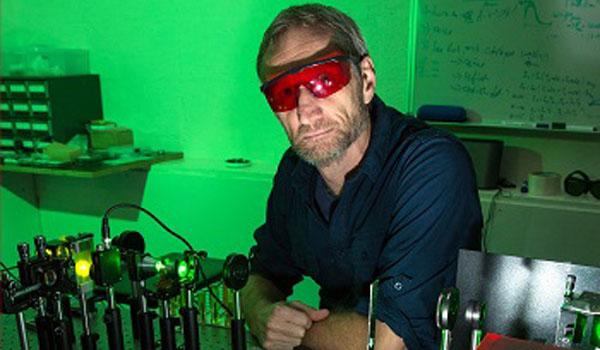 A/Prof Richard Mildren, Macquarie University